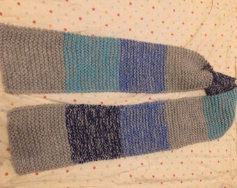 Blue and grey knitted scarf