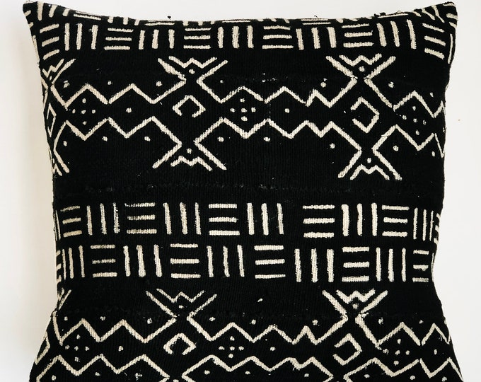 Large Black African Mud Cloth No.843