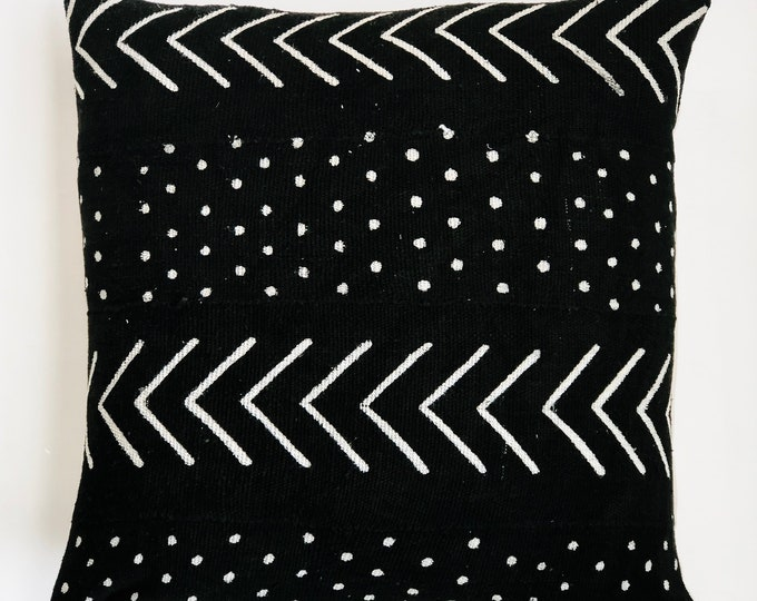Large Black African Mud Cloth No.854