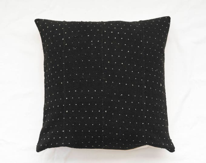 Minimal Dotted Black Mudcloth