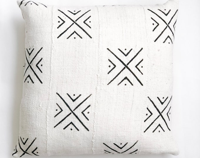 Large White African Mud Cloth No.867
