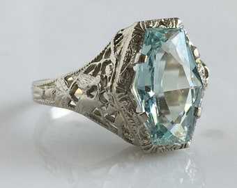 Vintage Aquamarine 14K White Gold Bird Filigree Ring