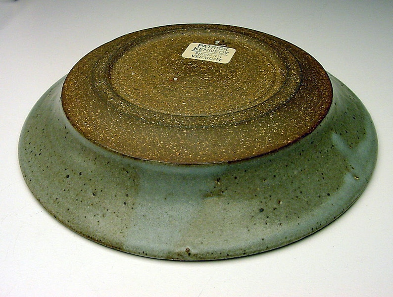 Listed MCM Studio Potter Patrick Kennedy wax-resist design STUDIO pottery low bowl SIGNED