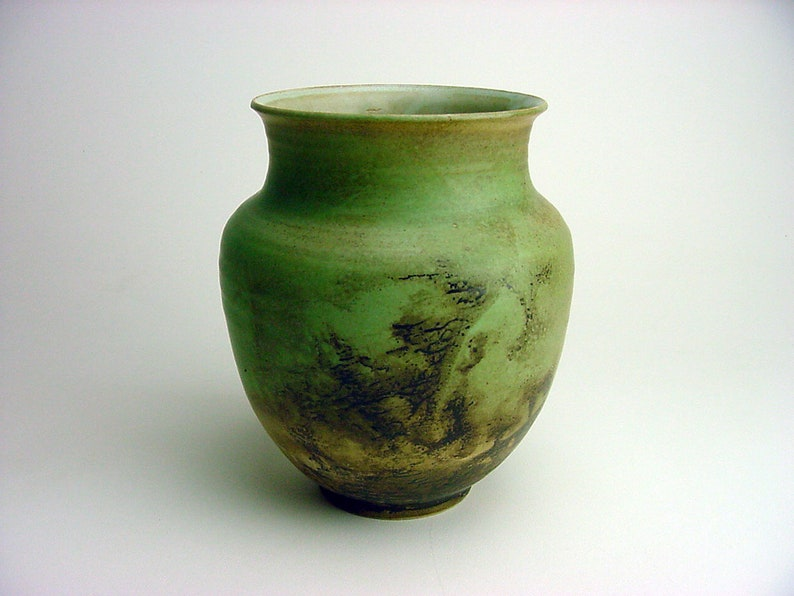 1953 MCM Listed Artist Leon F  Moburg (1927-2013) Green Glaze Ash Carbon  Deposit from Monmouth Pottery Fire SIGNED Protege of Ball Bogatay
