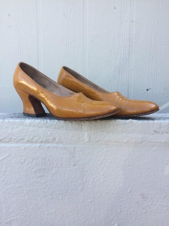 Vintage 1960's mod heels