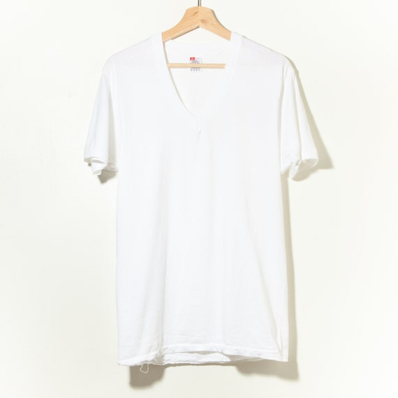 90s Vintage Single Stitch White V-Neck T-Shirt Ha… - image 1