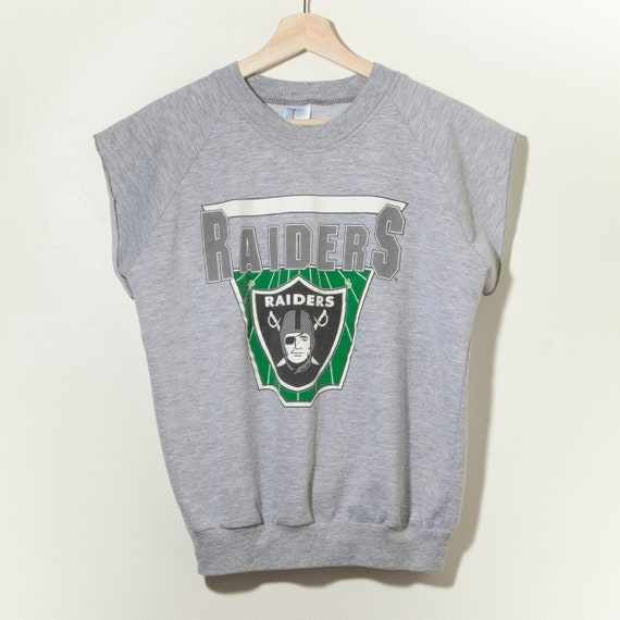 80s Vintage Raiders Cut Off Raglan Sweatshirt Crewneck Made in USA Oakland Los Angeles Gray Silver Black NFL Football 90s Champion Logo 7