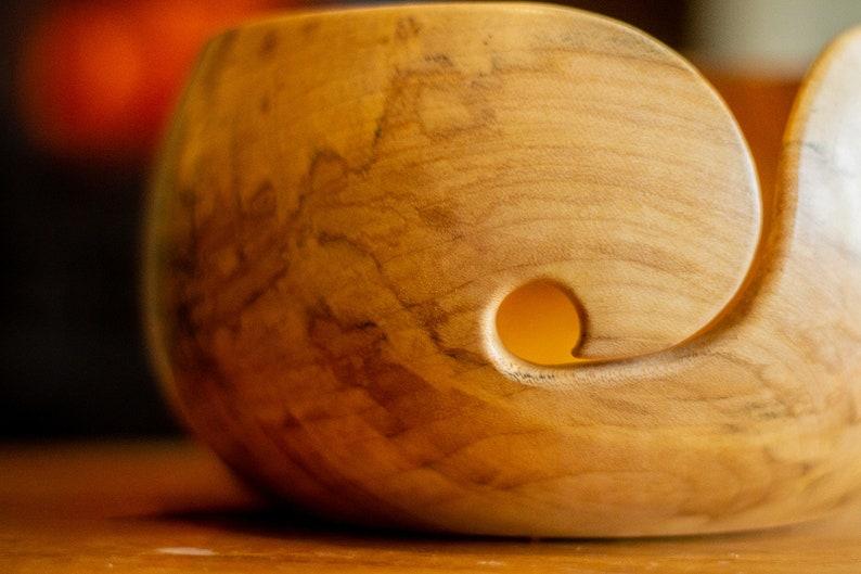 SYCAMORE YARN BOWL Sycamore wood yarn bow