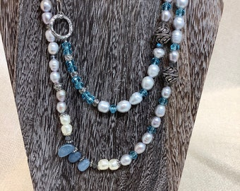 Double choice pearl necklace
