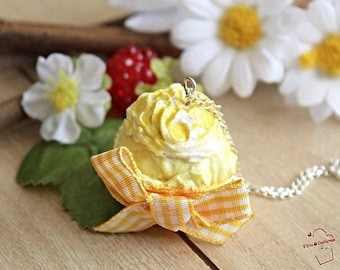 Lemon zest cupcake necklace in FIMO