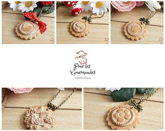 Cookies in relief in polymer clay necklaces 5 designs to choose from