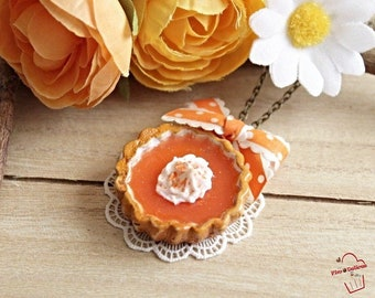 fimo pumpkin pie necklace