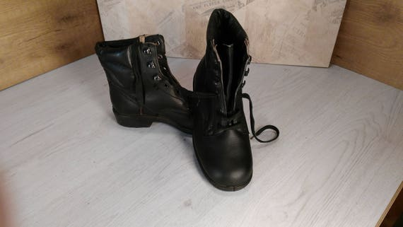Military boots, Vintage boots, Leather boots, Comb