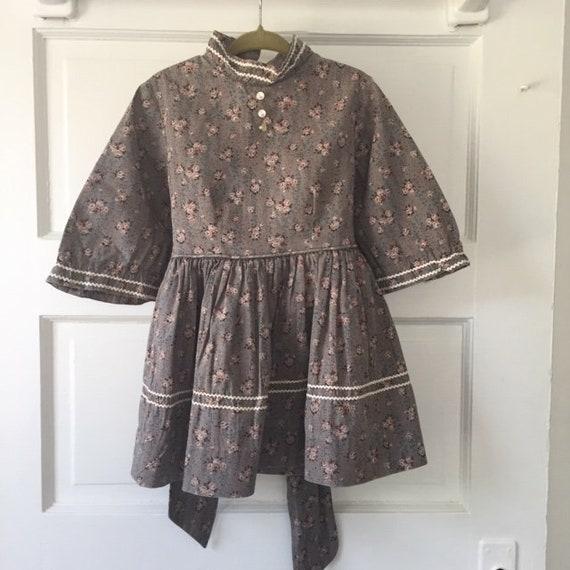 VINTAGE DUTCHMAID praire style dress-girls/toddler