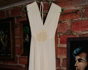 Beautiful Ivory Vintage Grecian Gown Pleated Skirt with GRAND SWEEP Small f50e02970