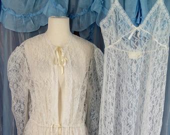 Gunne Sax White Lace Nightgown and Peignoir Robe