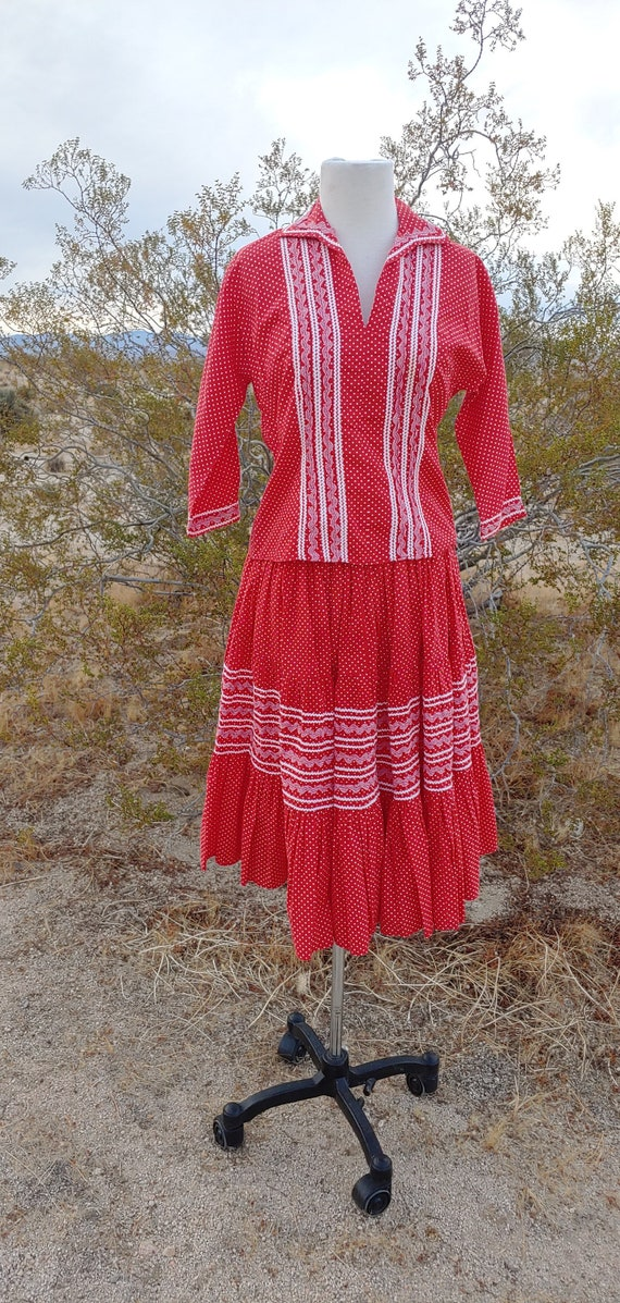 Vintage 2 Piece Faye Creations Red White Patio Dre