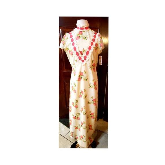 Vintage Princess Kaiulani Hawaiian Dress Pink Rose