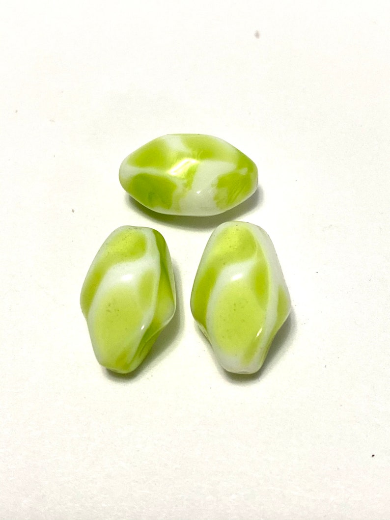 White Glass Beads 10 pieces Green Glass Beads Vintage Green and White Glass Nugget Beads Glass Beads