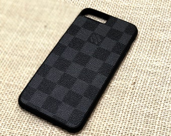 Louis Vuitton Case LV Case iPhone X Xs iPhone 8  4590d2421e4