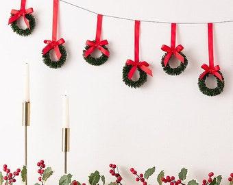 Christmas Wreath Bunting, Christmas Decor, Modern Christmas, Rustic Christmas, Holiday Decor, Fireplace Decor, Christmas Garland
