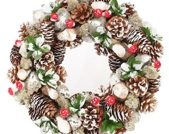 Woodland Christmas Wreath, Christmas Front Door wreath, Traditional Christmas, Holiday Wreath, Pinecone, Berry Wreath, Holiday Season Decor