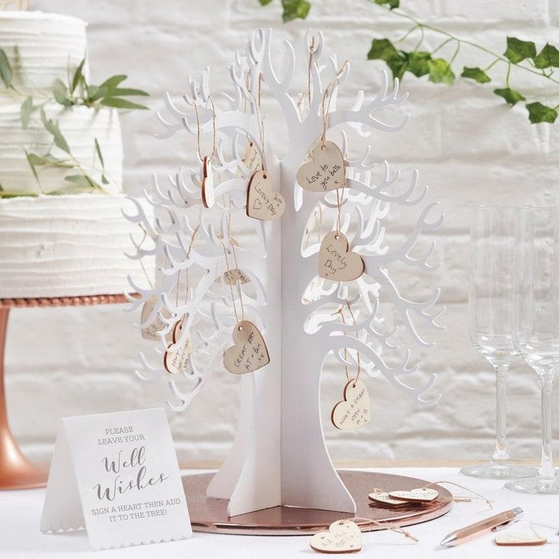 Livre d'or baby shower en forme d'arbre