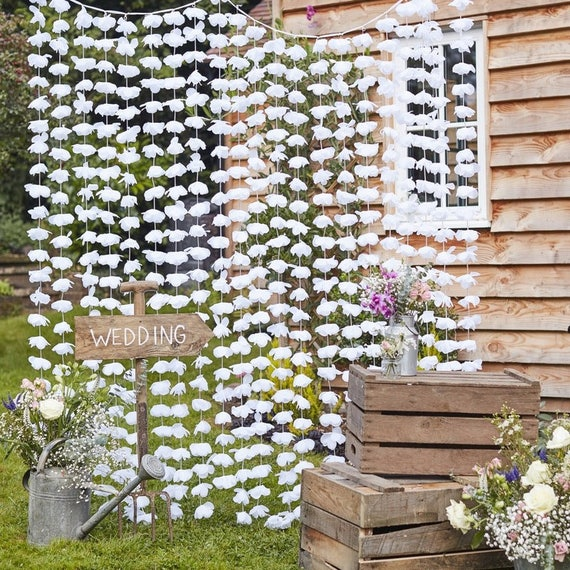 White Floral Backdrop White Flower Photobooth Backdrop Etsy