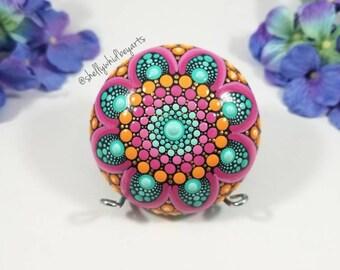 Mandala painted rocks| dot art rock| dot mandala| gift for her| painted rock| hand-painted