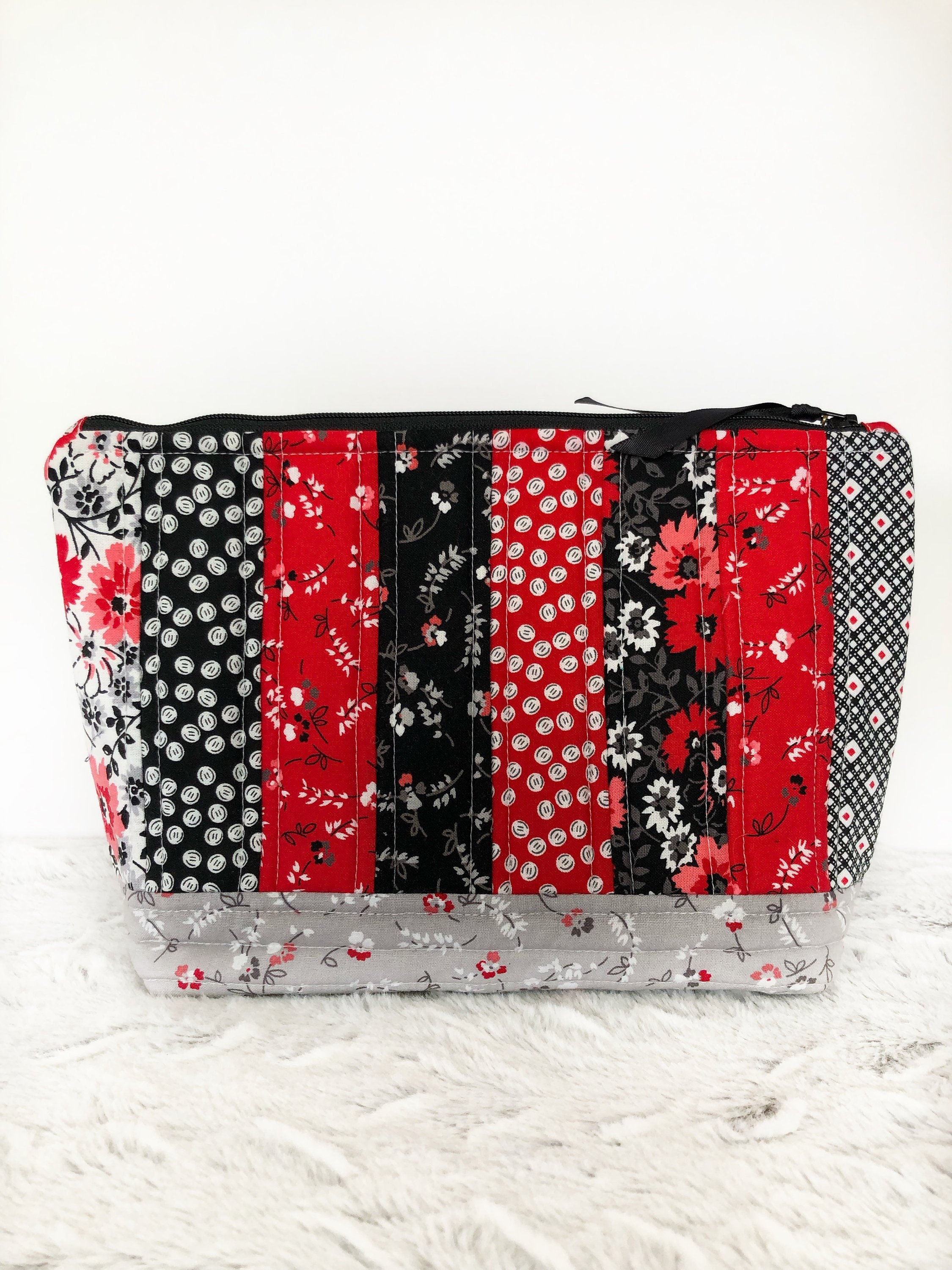 517ab7a8f016 Ready To Ship Today Quilted Makeup Bag Cotton Travel Bag