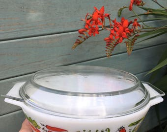 REDUCED JAJ Pyrex 'Harvest' 3 pint round casserole dish with lid