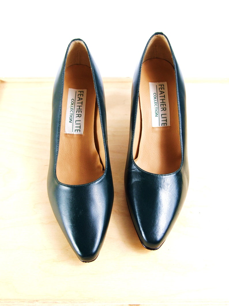 95238c9d0a Deep Green Pointed Toe Pumps by Feather Lite Collection Sz. 7 | Etsy