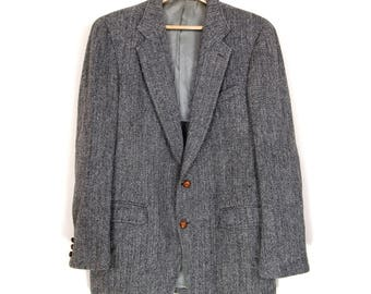 Harris Tweed Gray Herringbone Sport Coat