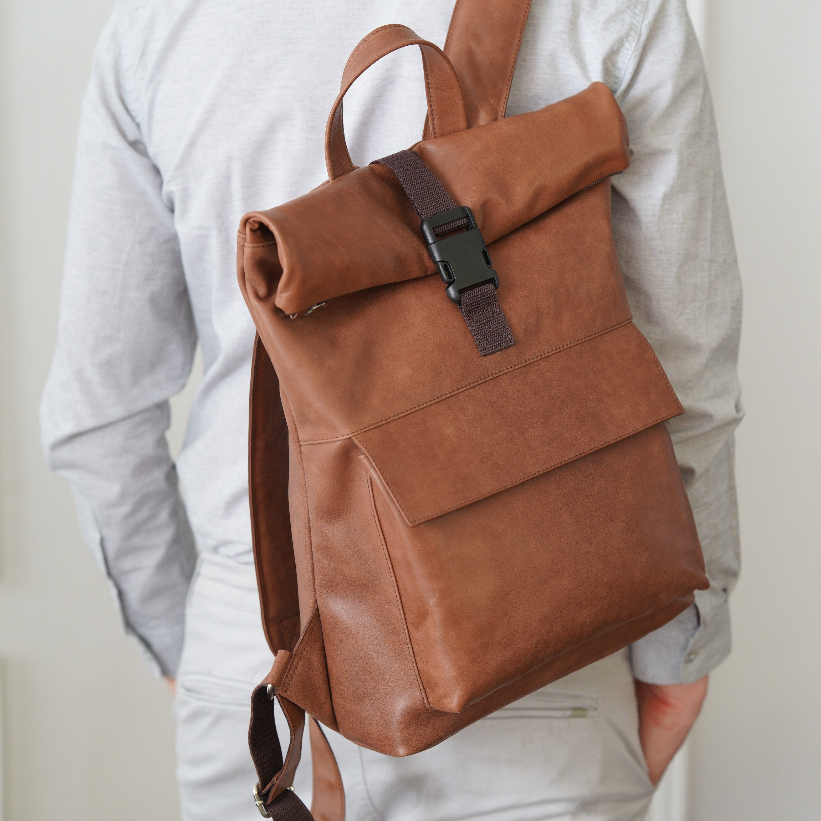 Women/'s backpack,Laptop backpack Custom backpack Big backpack,Leather rucksack,Handmade Women/'s daily pack Dragon Brown leather backpack