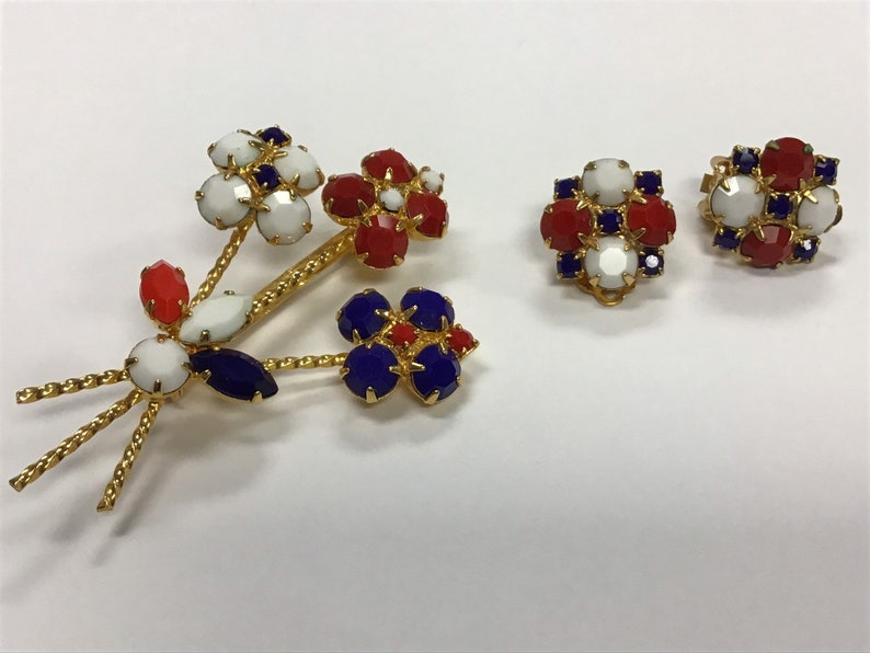 Vintage Red White and Blue Rhinestone Pin and Earring Set Patriotic USA Jewelry 4th of July