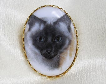 Vintage 1960s 1970s Faux Limoge Siamese Cat Brooch Pin