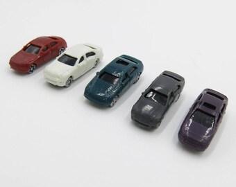 5 pcs Miniature N Gauge 1:150 Scale Diorama Cars Vehicles figures Landscape Train Model Scale Architectural Terrarium Dollhouse