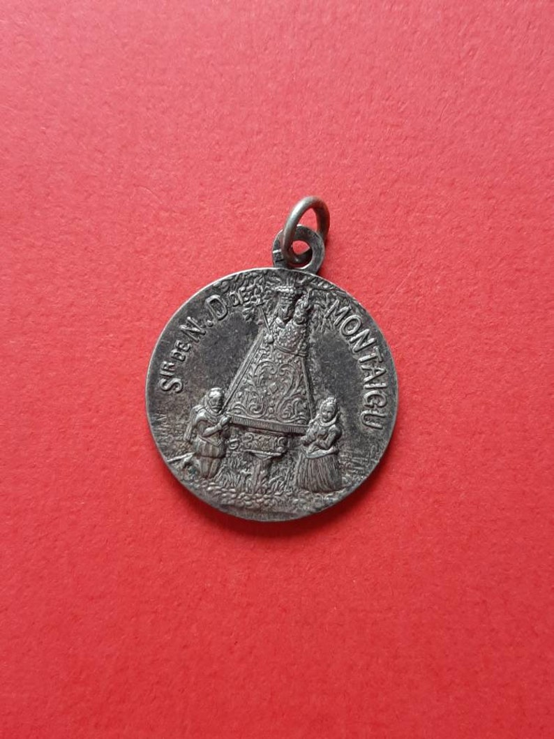 place of pilgrimage Montaigu Vintage medal pendant of Our Lady Notre Dame Scherpenheuvel Mother Mary Devotion signed Penin and Karo