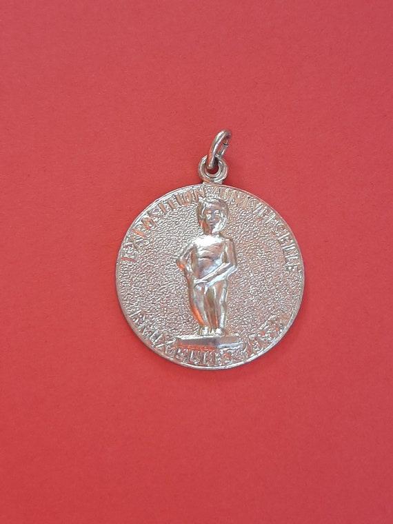 Vintage Belgium medal during medallion charm Exhib