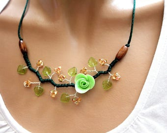 Custom floral green necklace