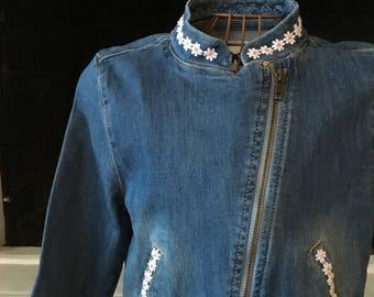 size 7/8 zip denim jacket with daisy trim #c117