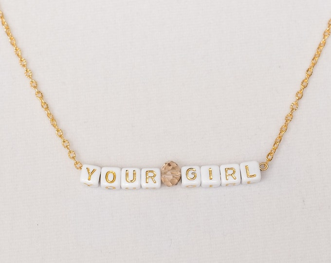 "Necklace 18k gilded with personalized text ""Your Girl"""
