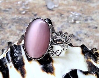 Ring silver with Noble rosé Cabochon, vintage