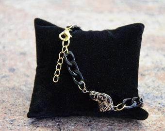 Greyhound statement armchain bracelet for men, 22k vegoldet & black, perfect as men's gift, for dog lovers, classy, high quality