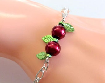 Silver-plated chain bracelet with cherry beads and leaves, really sweet