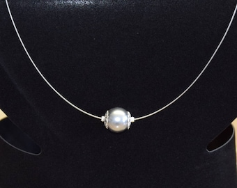 Pearl pearl necklace in silver-grey, plain & Noble