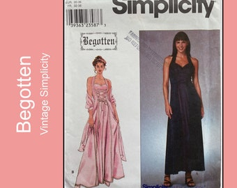 Fit and Flare Halter Dress, princess seams, loop and laced front, Begotten Series costume pattern, Cosplay, Simplicity 8984, Size 4 6 8 10