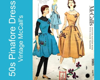 50s Apron Dress Pinafore or Tunic pattern, Scalloped neck & hem, pockets, Buttoned back, Bow, Violet transfer incl, Uncut, Size 12 Bust 30