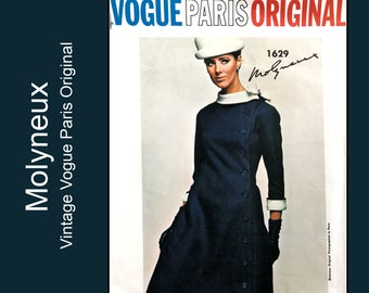 1960s Molyneux Coat Dress with side front button closing, detachable collar bow and cuff, Vintage Vogue Paris Original 1629, Size 14 Bust 34