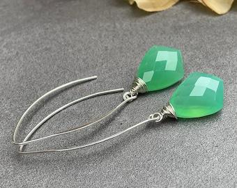 Chrysoprase Chalcedony Earrings, Green Chalcedony Earrings, Green Gemstone Dangle Earrings, Green Drop Earrings Sterling Silver